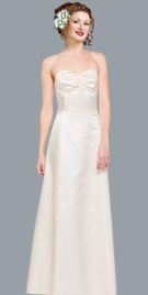 Attractively fashioned Bridal Gown